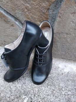 Дамски Обувки на Платформа от Естествена Кожа Модел 1